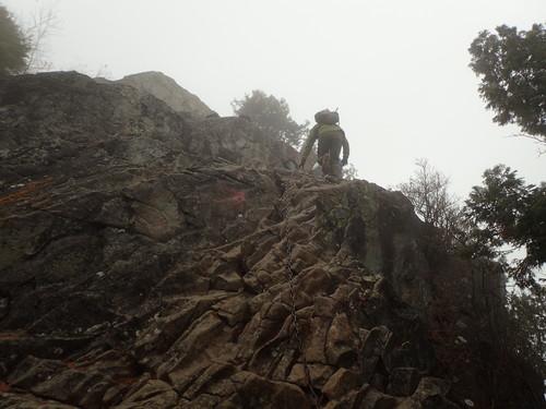 乾徳山のクサリ場